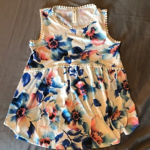 Ivory Floral Detailed tank